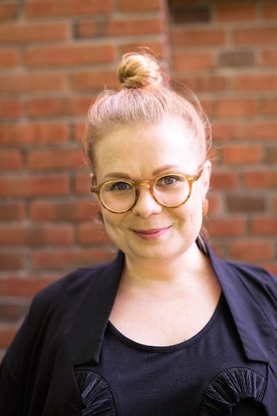 Laura Enkama bloggaaja vaikuttajamarkkinointi blogiyhteistyöt Kemikaalicocktail Sateenkaaria ja serpentiiniä Vintagehomecrush