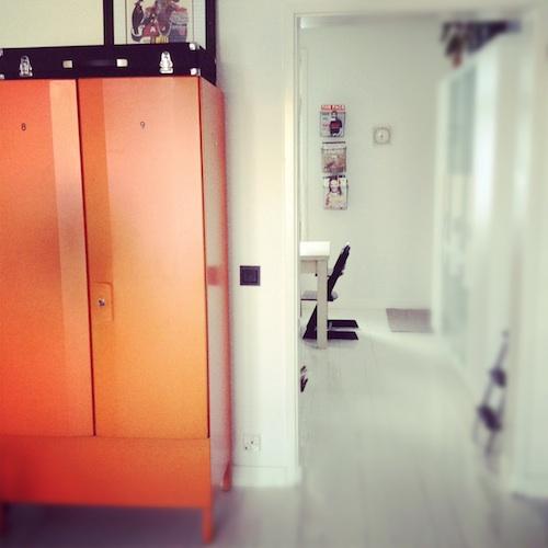 oranssikaappi2_tv