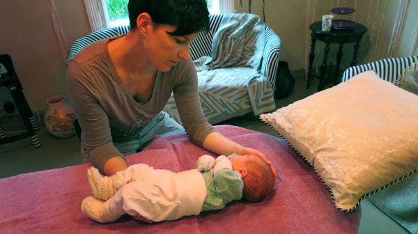 moxaus, ayurveda, akupunktio, luontaishoito, puoskarilaki, vauva, osteopatia